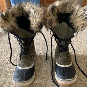 Sorel Joan of Arctic Green Winter Boots